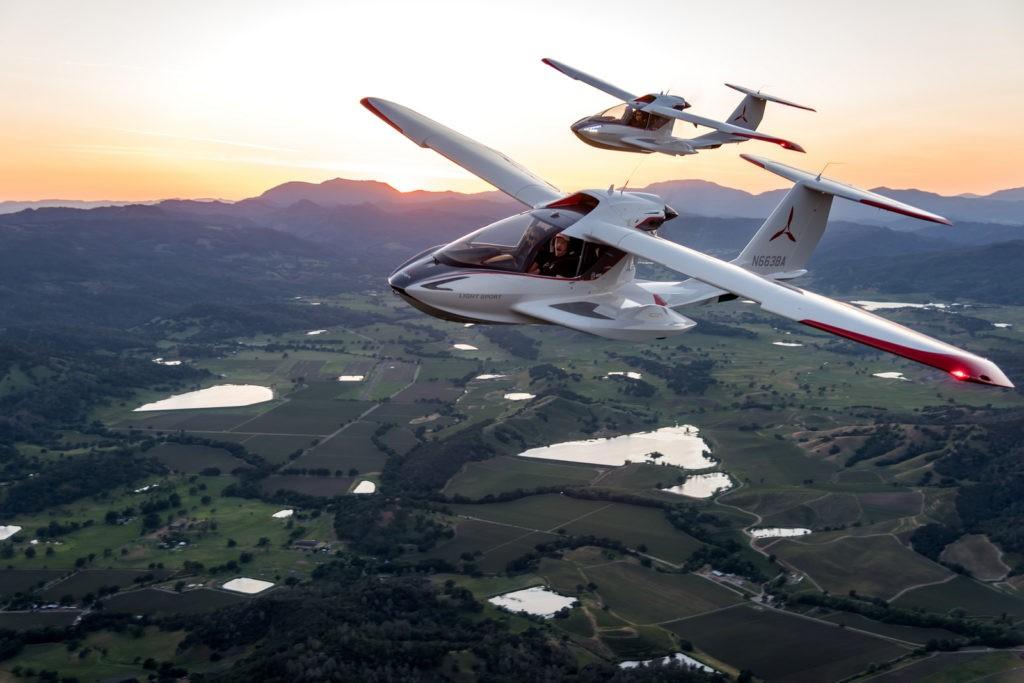 ICON Aircraft A5 - Lake Berryessa