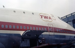 Boeing_747-131,_Trans_World_Airlines_(TWA)_JP7174508