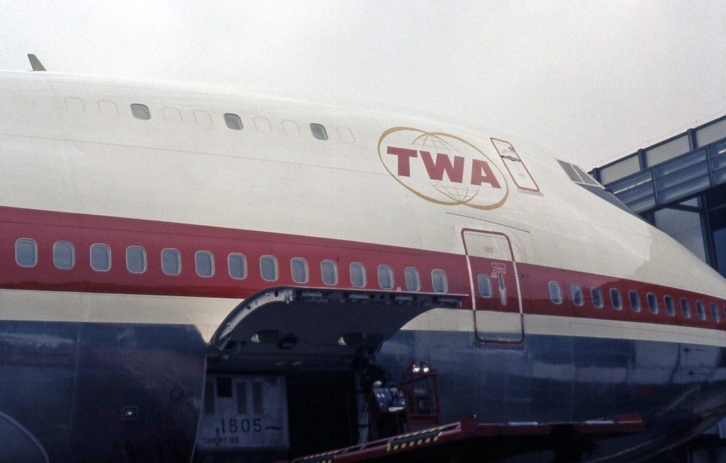 Boeing_747-131,_Trans_World_Airlines_(TWA)_JP7174508